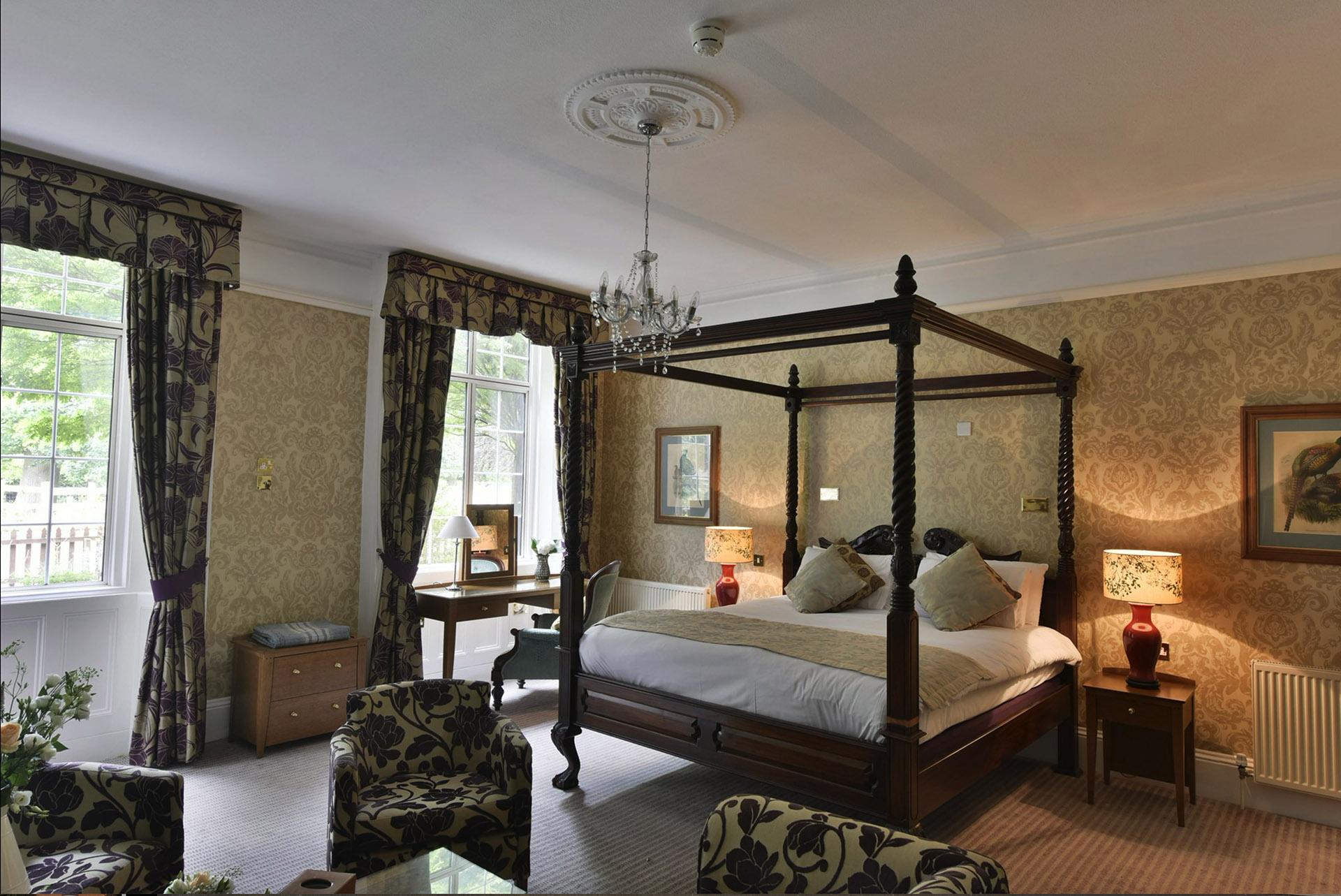 The Charlecote Pheasant Hotel room 3