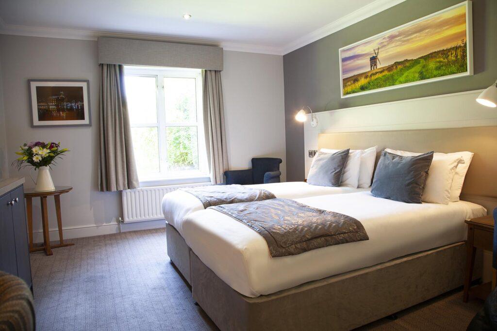 Barford Classic Twin room 37