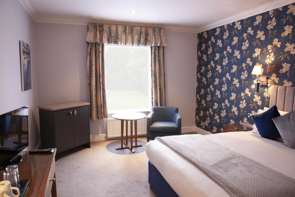 Standard Double Room 50 The Charlecote Pheasant Hotel