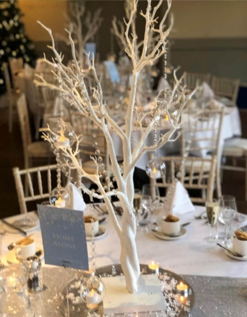 Stratford upon Avon winter wedding images The Charlecote Pheasant